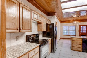 12201 Painted Bunting Dr-small-010-8-Kitchen-666x444-72dpi