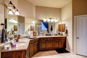 13405 Coleto Creek Trail-large-011-18-Master Bathroom-1500x1000-72dpi
