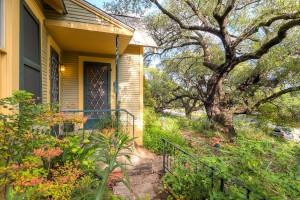 1022 Bonham Terrace Austin TX-large-005-8-Exterior Front-1500x1000-72dpi