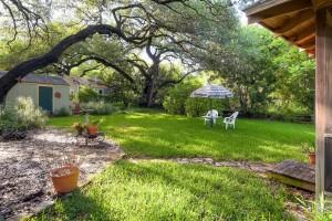 1022 Bonham Terrace Austin TX-large-008-10-Back Yard-1500x1000-72dpi