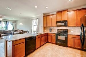 17200 Bridgefarmer Blvd-large-006-22-Kitchen-1497x1000-72dpi