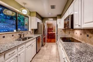 2305 Toro Canyon Austin TX-large-013-26-Kitchen-1500x1000-72dpi