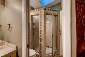 2305 Toro Canyon Austin TX-large-019-10-Master Bathroom-1500x1000-72dpi