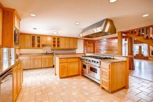 29802 Montana Ridge Pass-large-010-7-Kitchen-1500x1000-72dpi
