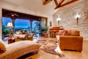 1119-thurman-bluff-drive-large-007-25-living-room-1500x1000-72dpi