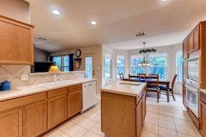 4122-rockwood-drive-lago-vista-large-010-11-kitchen-1500x1000-72dpi