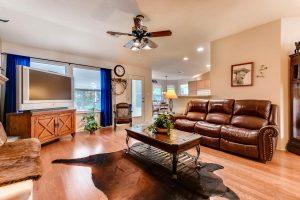 4122-rockwood-drive-lago-vista-large-014-12-family-room-1500x1000-72dpi