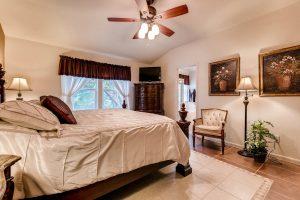4122-rockwood-drive-lago-vista-large-015-20-master-bedroom-1500x1000-72dpi