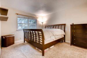 4903-sage-hen-austin-tx-78727-large-014-15-master-bedroom-1500x1000-72dpi
