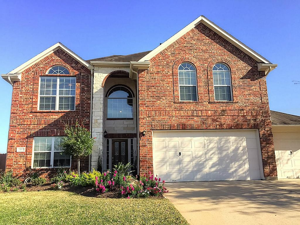 Front View-3503 Boxwood Gate
