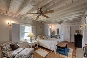 This is a picture of the master bedroom in the house for sale 46006 Cottage Avenue, Buxton, NC 27920. It is listed by Trisha Midgett.