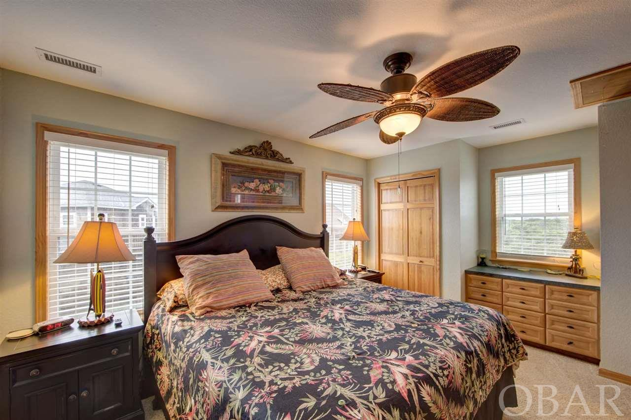 Master Bedroom of Aloan at Last