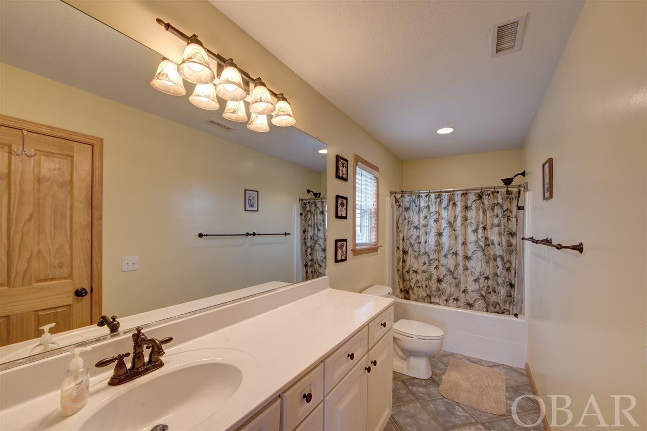 Bathroom at Aloan at Last