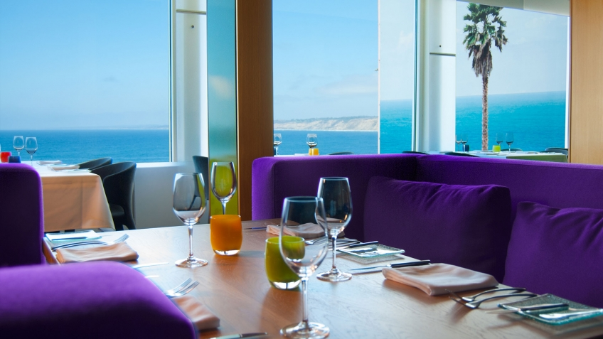 Fine dining with ocean views at George's at the Cove