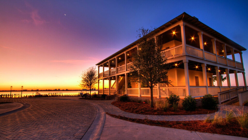 Are Vacation Homes a Good Investment? | Billy Houston Group Blog