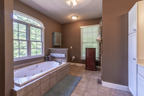 Bristol, VA Home for Sale with Highlands Realty Inc