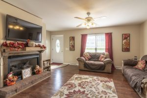 Bristol TN Homes with Fireplace