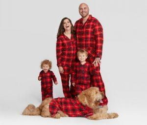 Lucido 2018 Gift Guide | Matching Pajamas