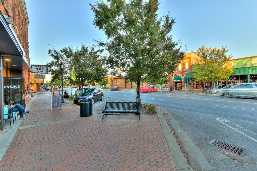 Edmond greater oklahoma city real estate homestead co 3downtownedmond42 sciox Gallery