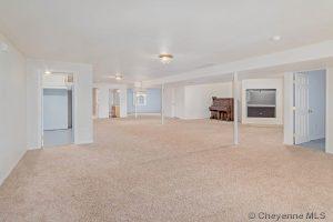 2930 Thomas Rd Cheyenne WY