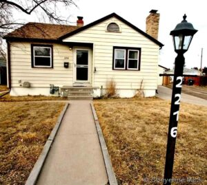 2216 Park Place Cheyenne WY New Listing RE/MAX Capitol Properties