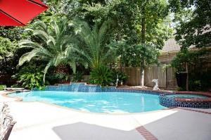 95 tree crest circle pool