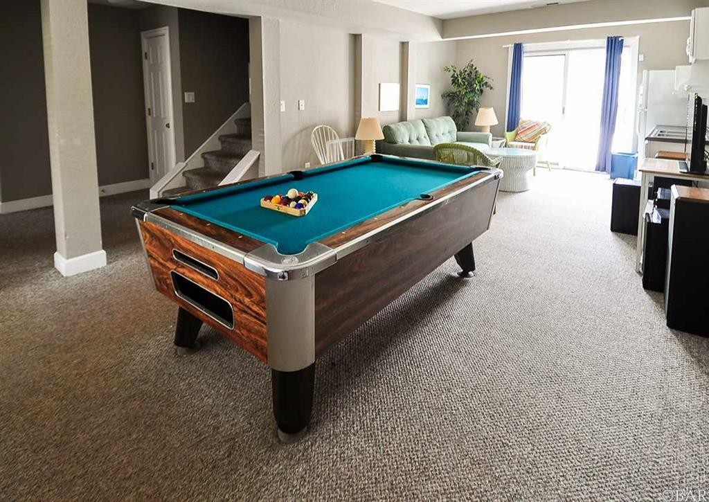 Beautiful Home in the Villages of Ocean Hill in Corolla, NC   Game room with Pool Table and Lower Level Bar!