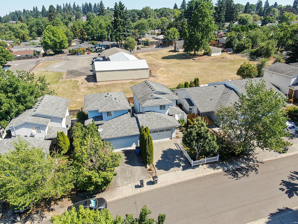 Aerial view showing front of home and space behind - 1116 W 35th Way, Vancouver, WA 98660
