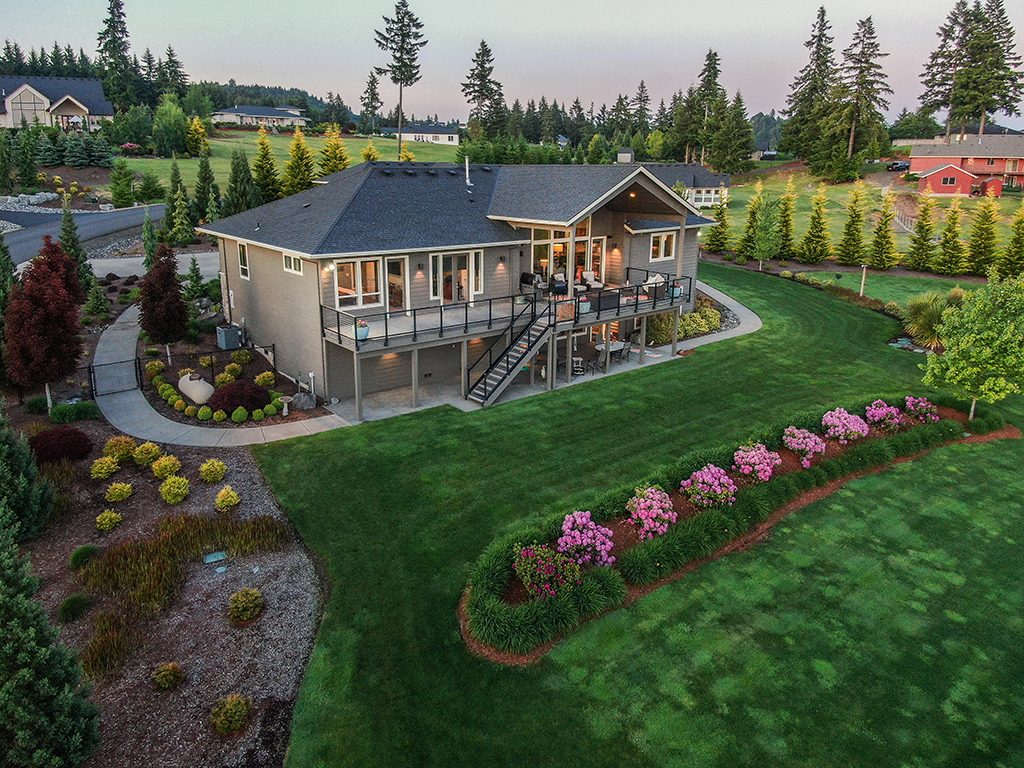 Gorgeous home on 2 acres - 307 Milky Way Dr, Woodland, WA 98674