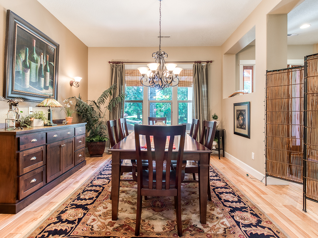 Formal dining room - 36806 NE Holling Ave, La Center WA 98629