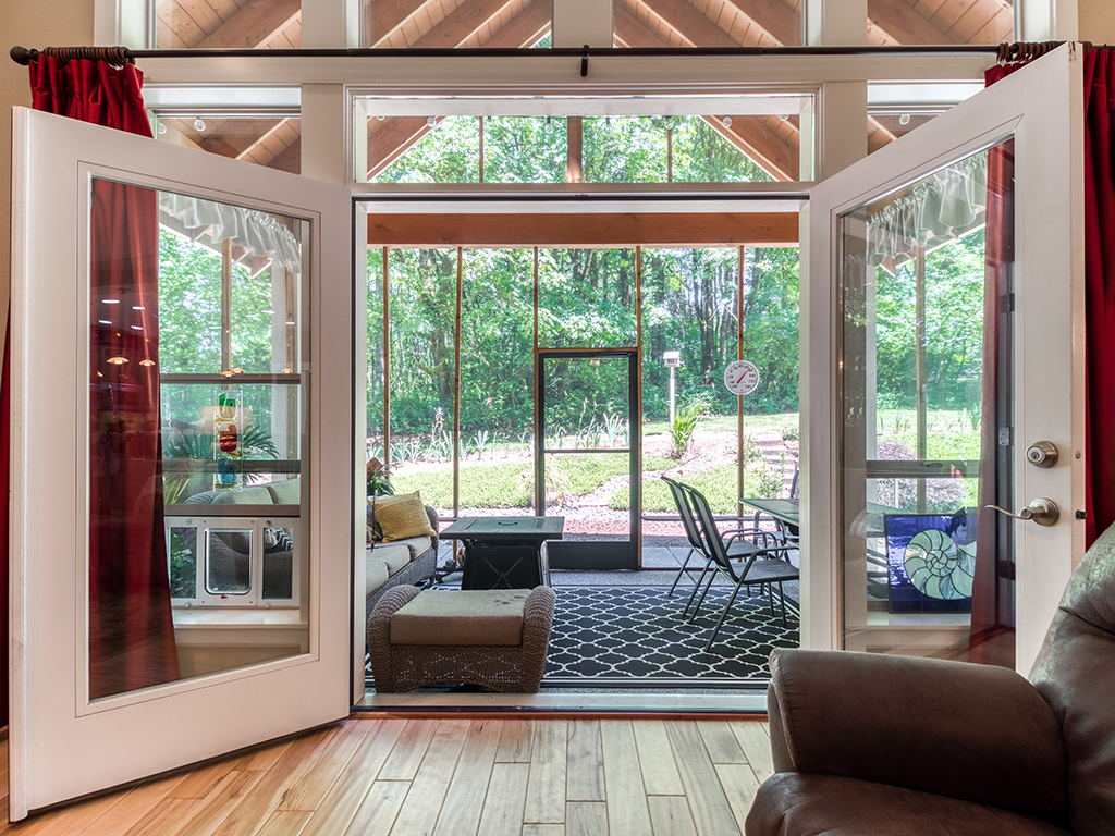 French doors to vaulted screened porch - 36806 NE Holling Ave, La Center WA 98629