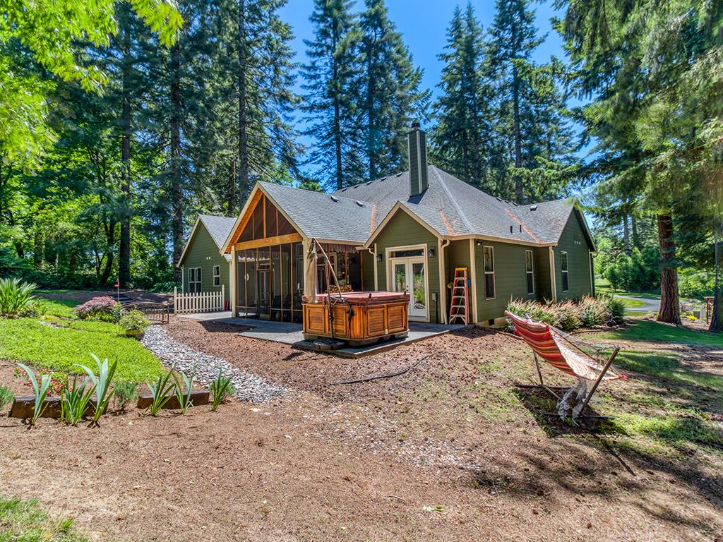 6.81 acres, backyard, hot tub - 36806 NE Holling Ave, La Center WA 98629