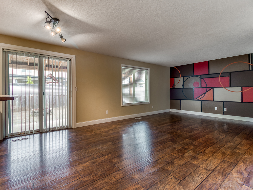 Open dining & family room - 2618 NW 11th St, Battle Ground, WA 98604