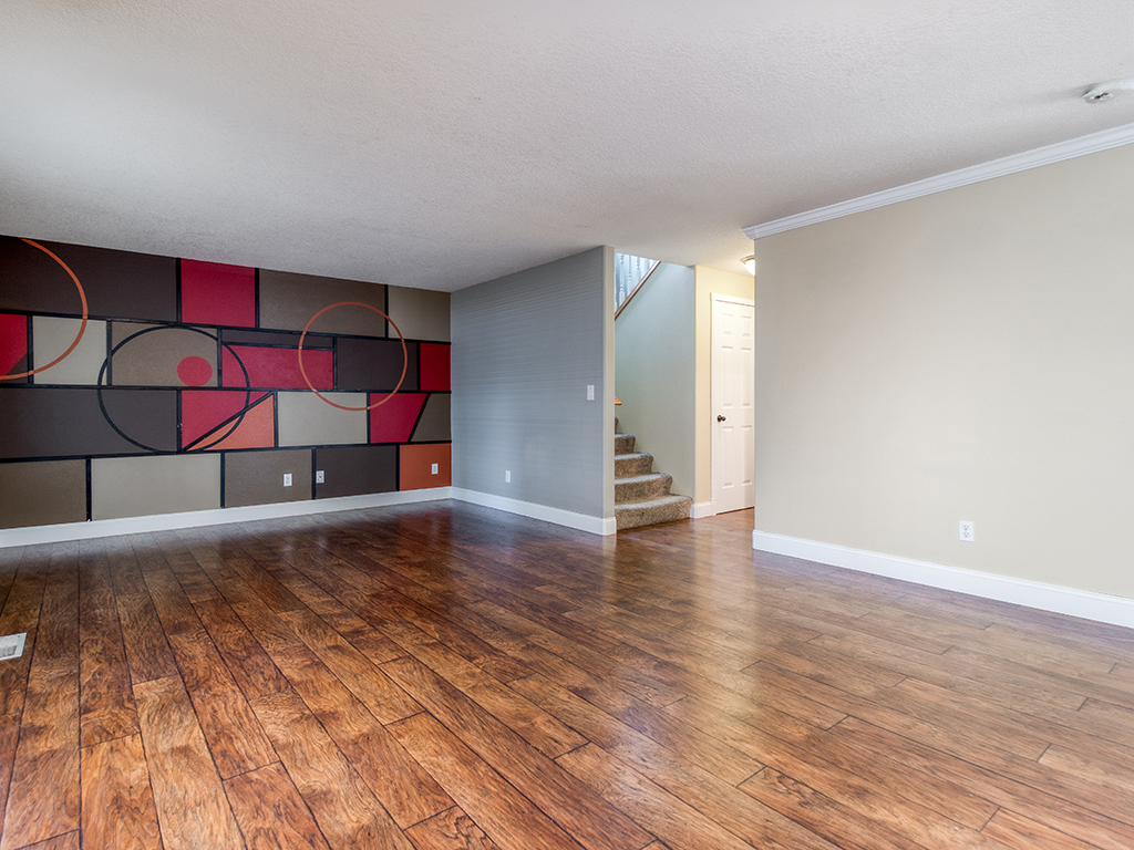 Family room with feature wall - 2618 NW 11th St, Battle Ground, WA 98604