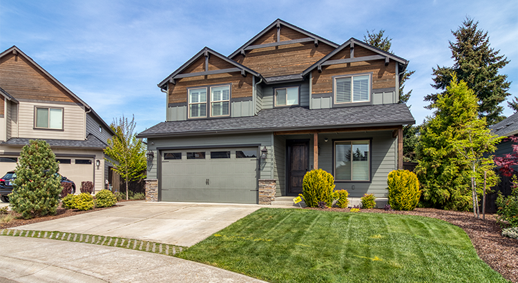 Exterior view of home with yard in Vancouver, WA