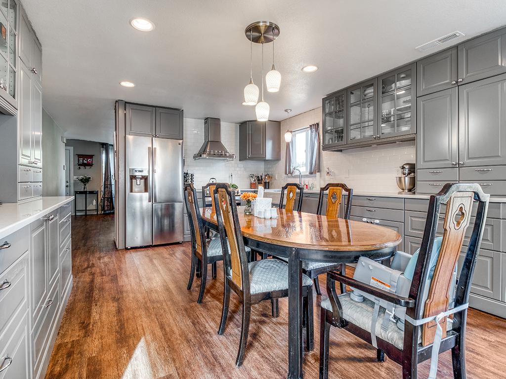 Updated kitchen - 9501 NE 132nd Ave, Vancouver, WA 98682