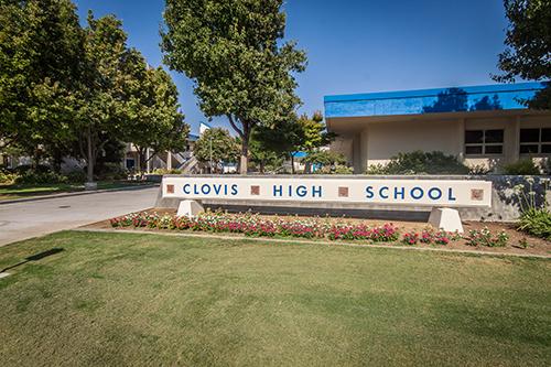 Clovis-High-School-Sign
