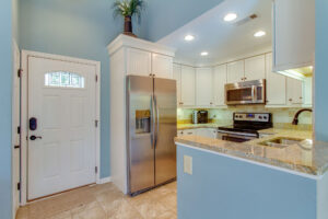 Granite counters and Stainless Steel appliances in Kitchen