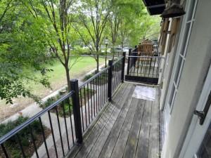 Balcony at 10 Marbel Lane