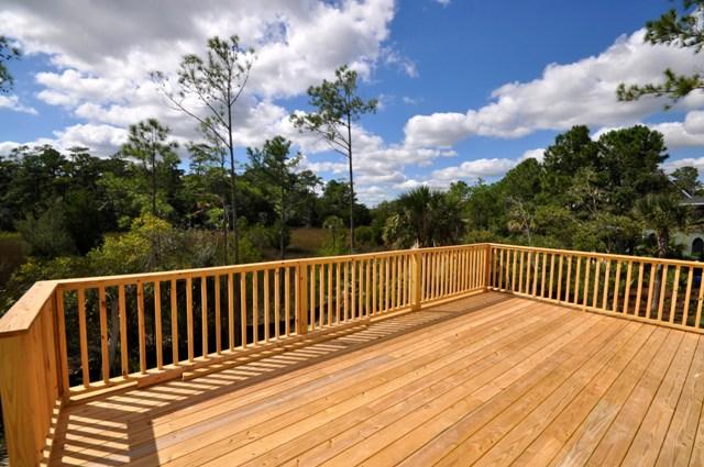 Deck at 2495 Worthington Drive