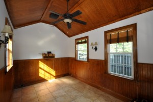 Enclosed sun room at 1750 Hickory Knoll
