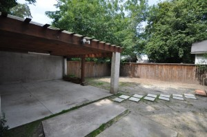 Wagener Terrace backyard