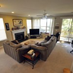 1239 Peregrine living room