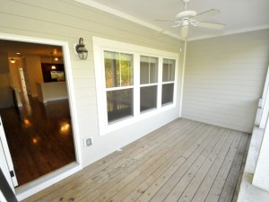Porch at 620 Windermere Boulevard