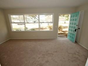 1034 Nottingham Drive living room