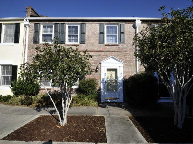 20 Charlestowne Court, Charleston, SC 29401