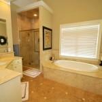 Master bath at Dunes West