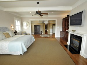 Master suite at 48 Watroo Point