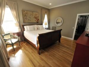 9 Carolina Street master bedroom