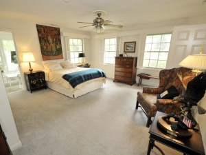 204 Tea Farm Road master bedroom